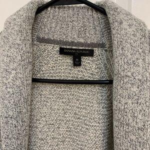 Banana Republic Sweaters - Banana Republic button up casual cardigan